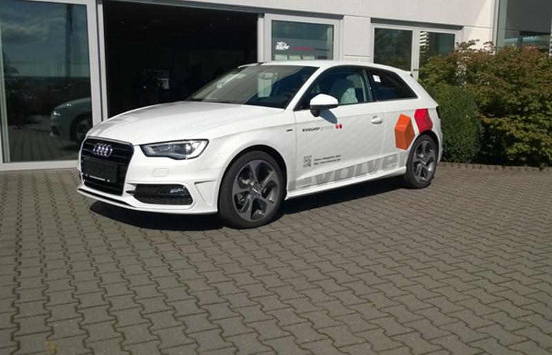 Fahrzeugbeschriftung eines Audi durch die Firma Orgis